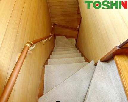 階段のカーペット張替 施工前