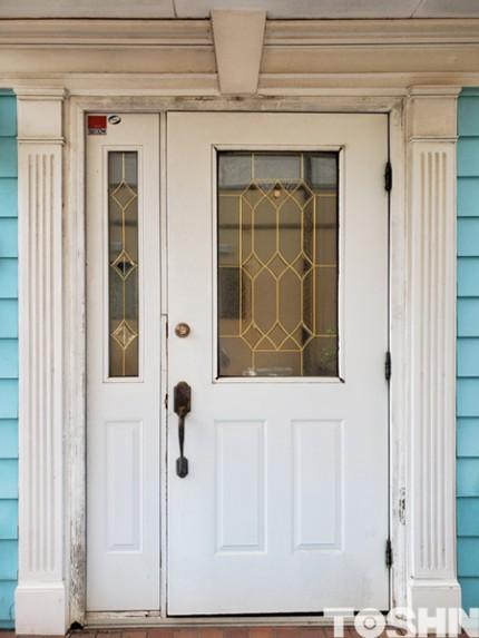 スマホで開錠できる玄関ドア