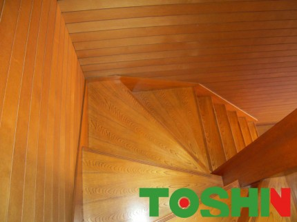 手摺取付予定の階段