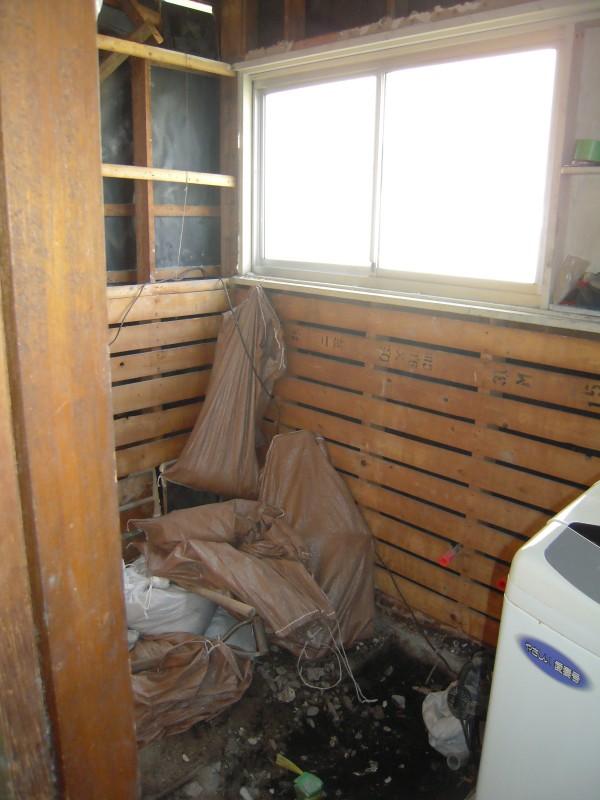 浴室改修工事解体がほぼ完了です