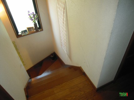 階段手摺の取付け施工前