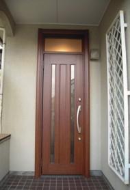 玄関ドアを簡単リフォーム