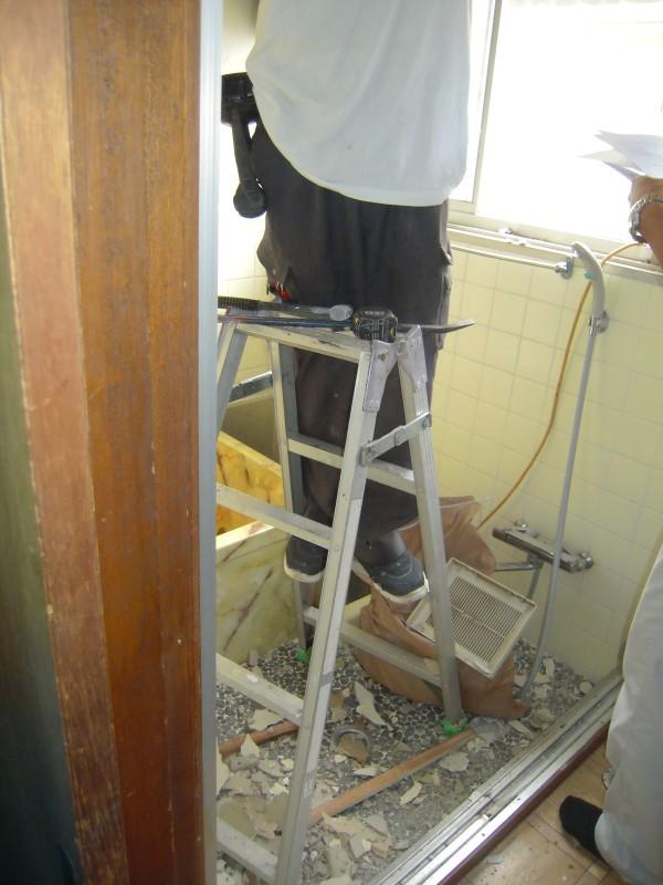 浴室の改修工事が着工です