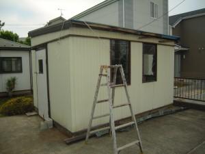 プレハブの屋根を葺替え