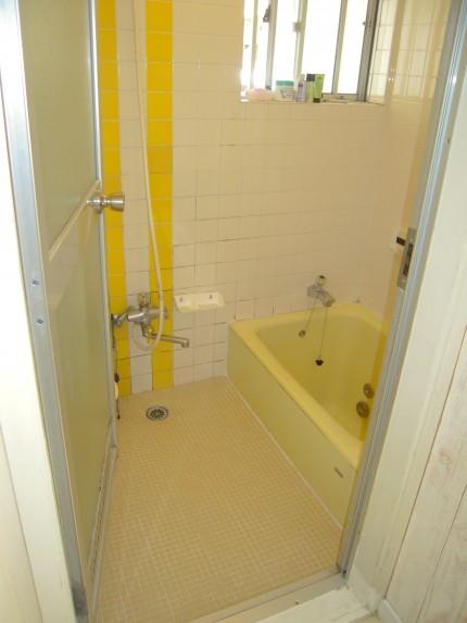 浴室改修工事前の様子