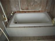 浴槽への出入りの負担を改善