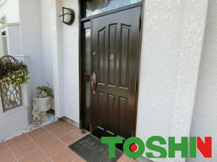 木製玄関扉の塗装施工後