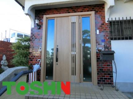 玄関ドアの取替工事