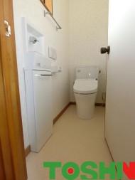 壁面埋め込み式の手洗い