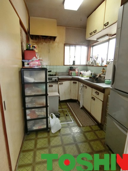 システムキッチンの工事完了