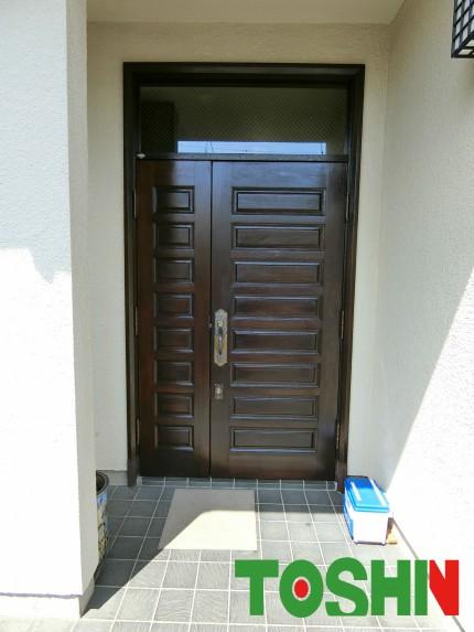 玄関扉の塗装施工後