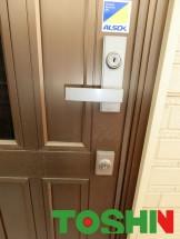 玄関扉の錠